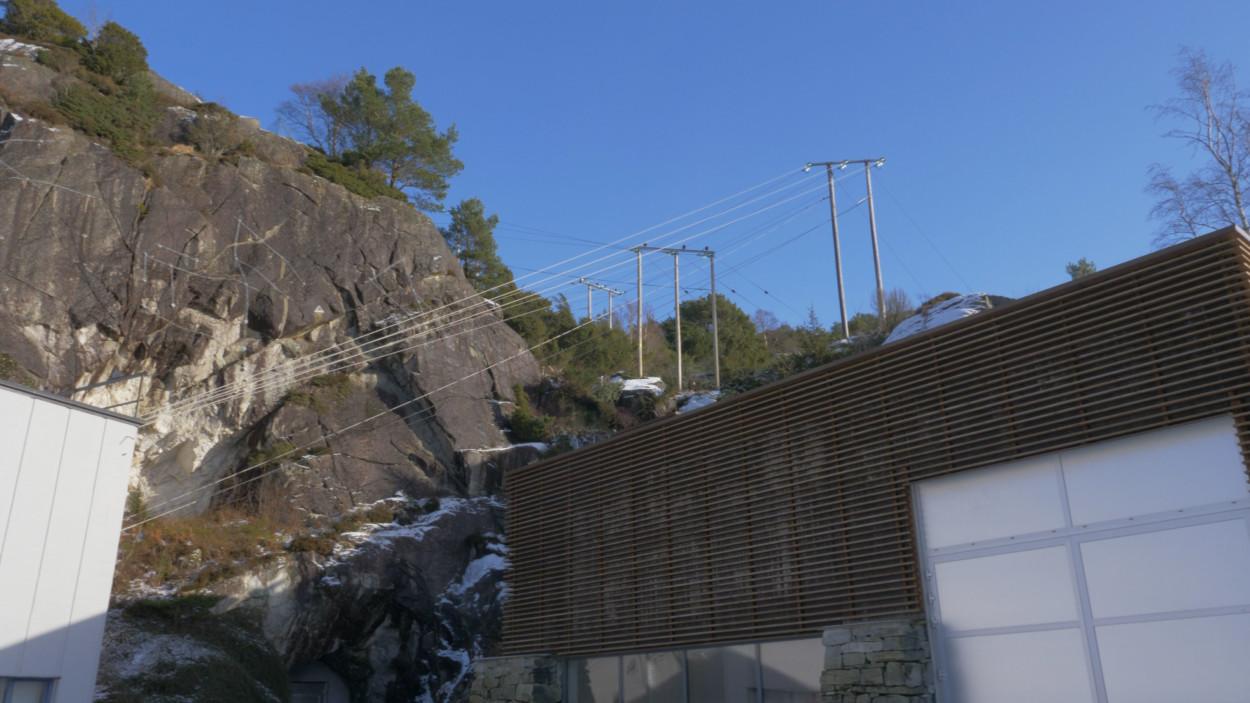 Øgreyfoss kraftstasjon.